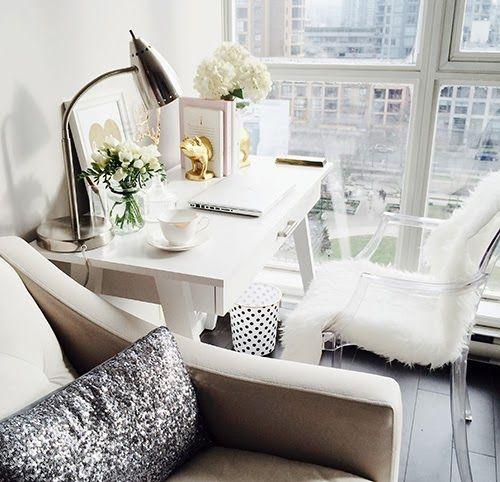 home office decor idea for blogger