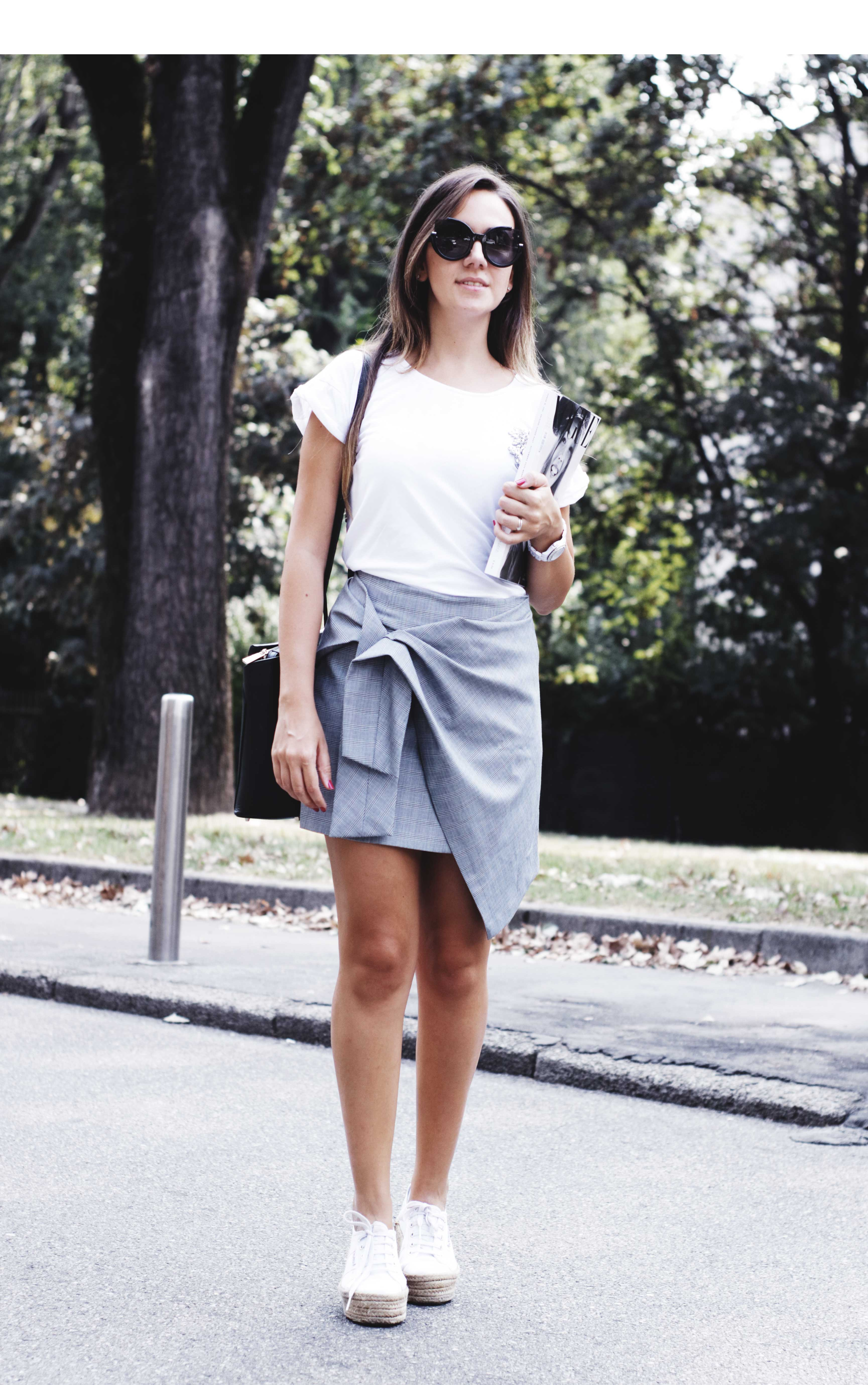 How to wear a tie front skirt