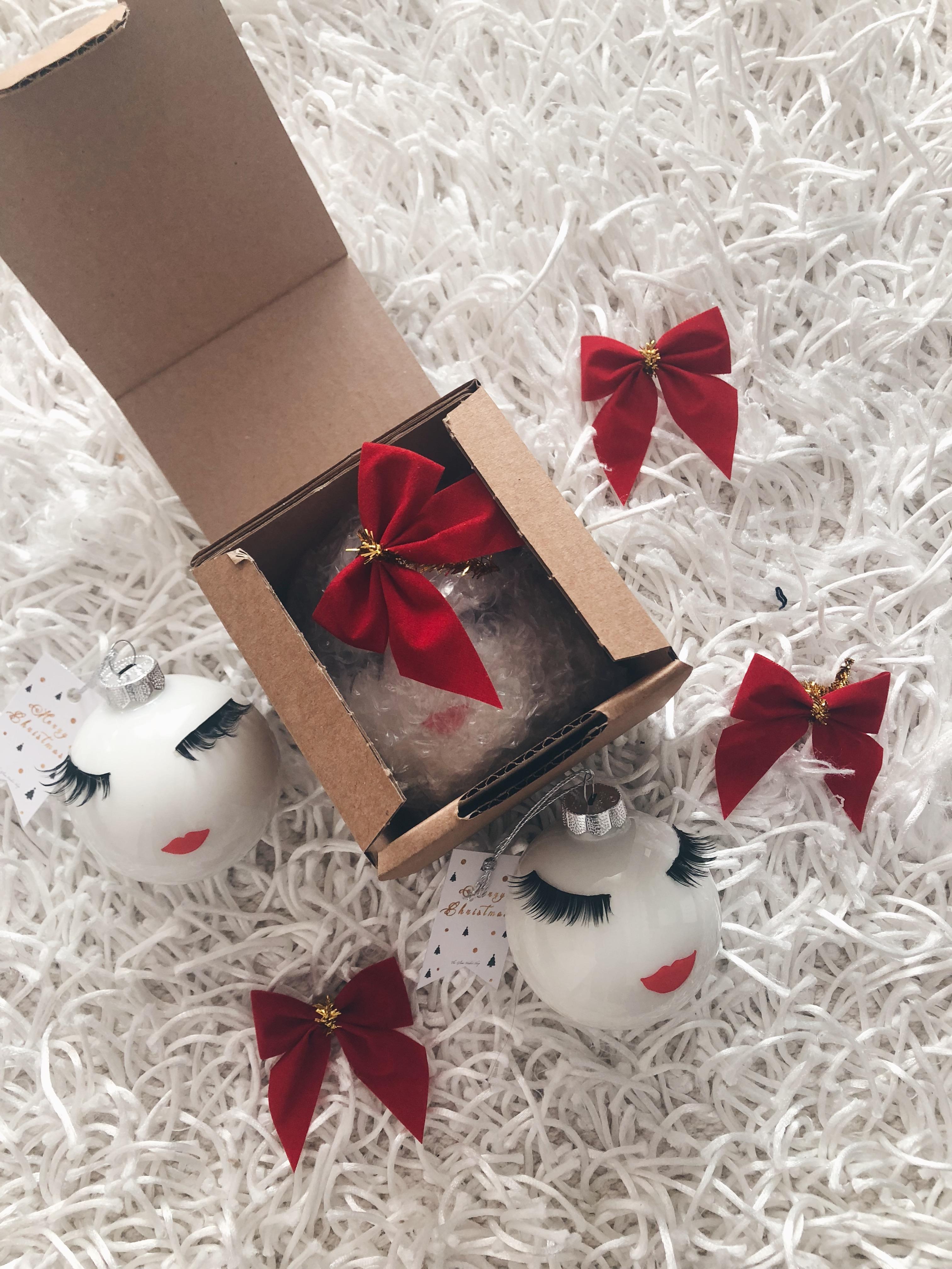 Lashes Christmas Ornament